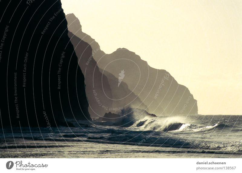 Na Pali Coast Küste Meer Klippe Pazifik Hawaii Kauai Wellen Strand Traumstrand Licht abstrakt Hintergrundbild Ferien & Urlaub & Reisen Sommer USA Wasser Sonne