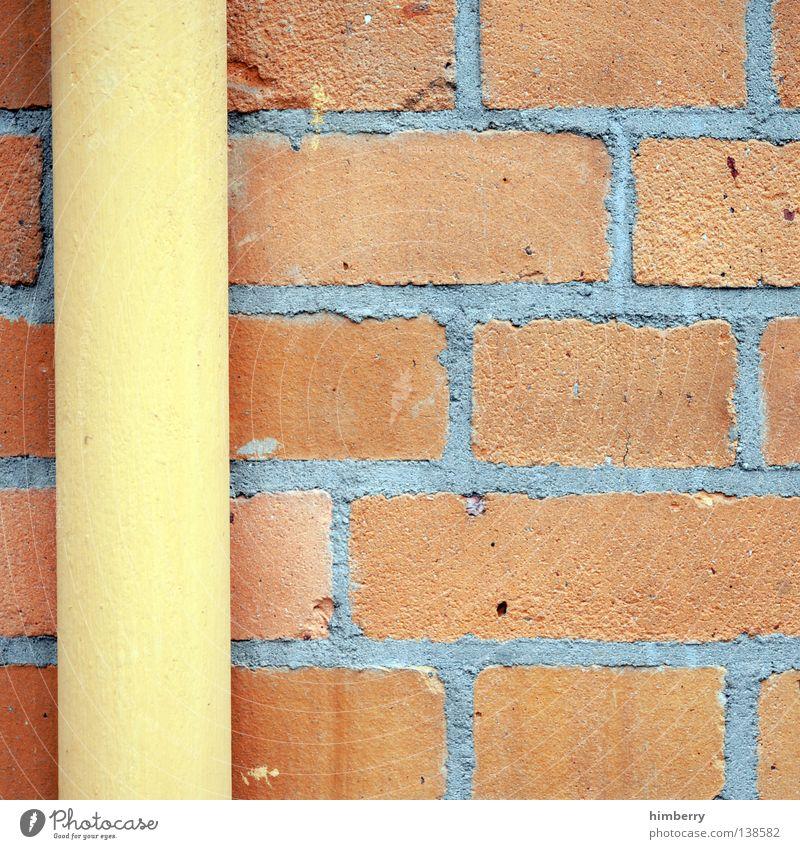 linking elements Mauer Wand Sandstein Wasserrinne Regenrinne Fallrohr Bauwerk Gebäude Handwerk Stil Zement Naturstein Ausgabe solide Haus Heimat Toskana
