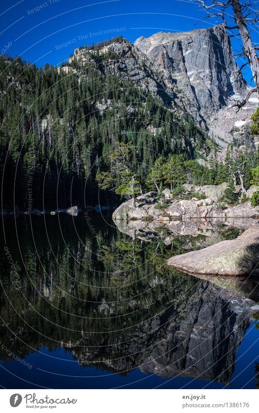 Wanderglück Natur Ferien & Urlaub & Reisen blau Sommer Landschaft ruhig Wald Berge u. Gebirge Frühling Freiheit See Felsen Tourismus Ausflug Lebensfreude Abenteuer