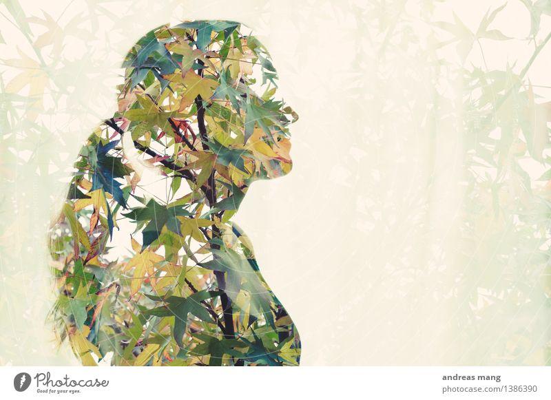 #309 Jugendliche grün schön Junge Frau Baum Blatt Umwelt Leben Herbst feminin träumen Wachstum frei authentisch stehen ästhetisch