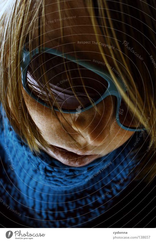 Juli Pulli Mensch Frau Jugendliche schön Gesicht Leben Spielen Gefühle Wege & Pfade Kopf groß Mund Haut Nase Seil Suche