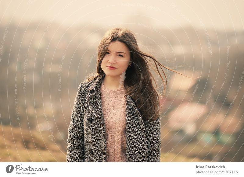 Frühlingsmädchen Junge Frau Jugendliche Körper Haut Kopf Haare & Frisuren Gesicht 1 Mensch 18-30 Jahre Erwachsene Natur Landschaft Schönes Wetter Feld Dorf