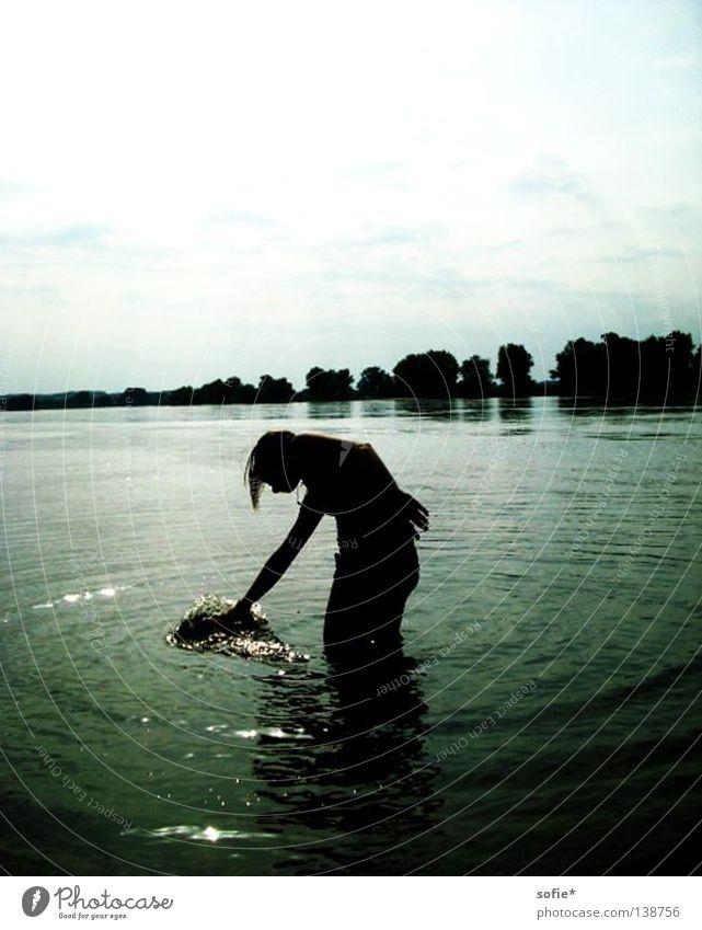 wasser schieben Wasser weiß blau Sommer Elbe