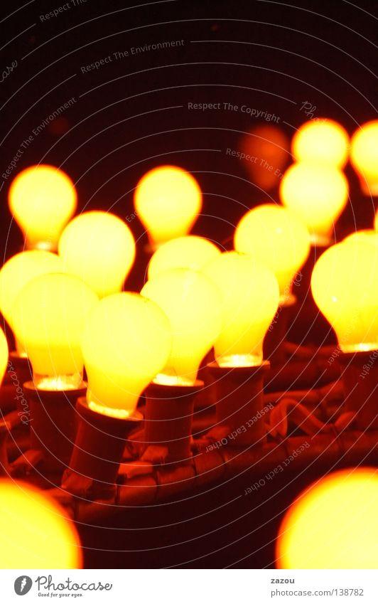 Lichtwerk Farbfoto mehrfarbig Nacht Lampe Energiewirtschaft Technik & Technologie hell Glühbirne Elektrizität Elektrisches Gerät Idee Beleuchtung