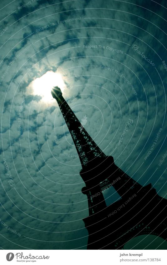 mars attacks! Himmel Sonne Wolken Metall Kunst Turm Paris Denkmal Frankreich Flugzeuglandung Wahrzeichen UFO Abheben Dorn Sehenswürdigkeit Spargel