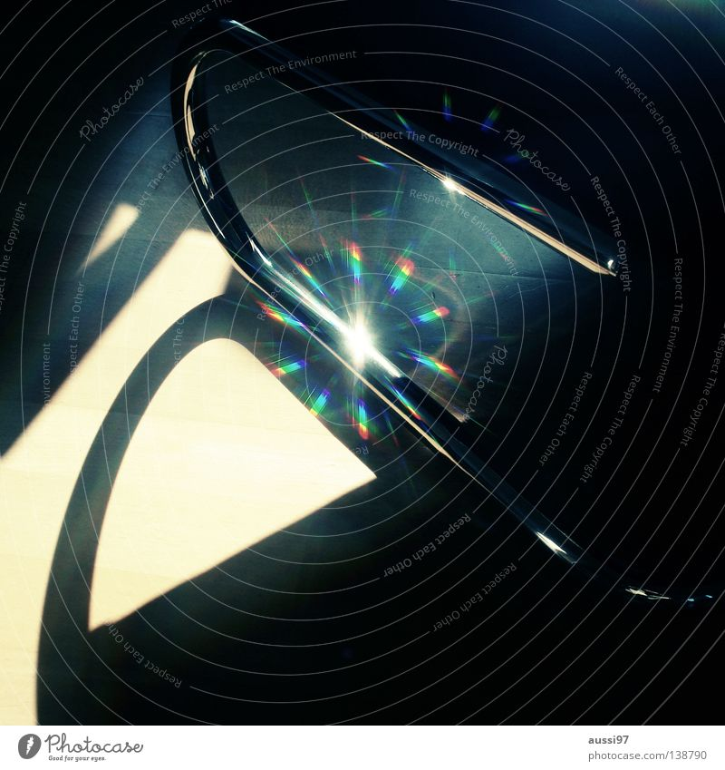 There Is A Light Farbe Stern (Symbol) Stuhl Möbel Lichtbrechung spektral Prisma regenbogenfarben Spektralfarbe