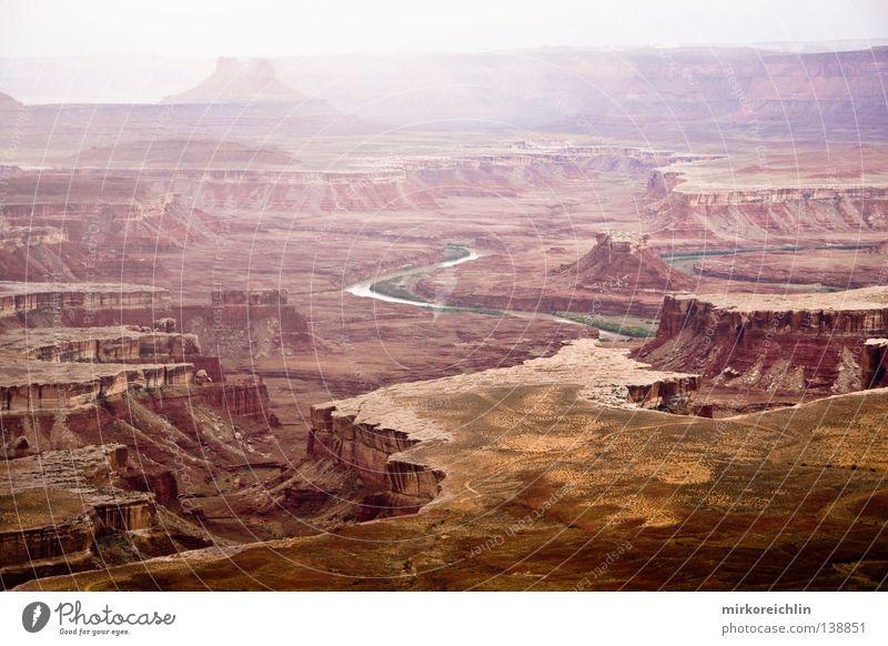 Canyonlands Natur Ferien & Urlaub & Reisen Stein Regen Landschaft Wetter Felsen USA Fluss Amerika Gemälde Bach Schlucht Bogen Nationalpark Gegend