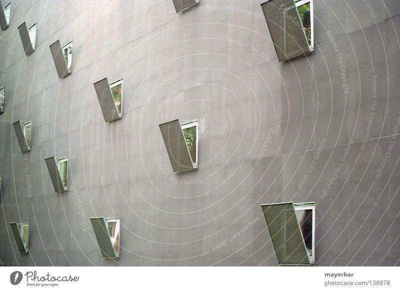 Offene Fenster Wand Architektur grau Gebäude offen Häusliches Leben