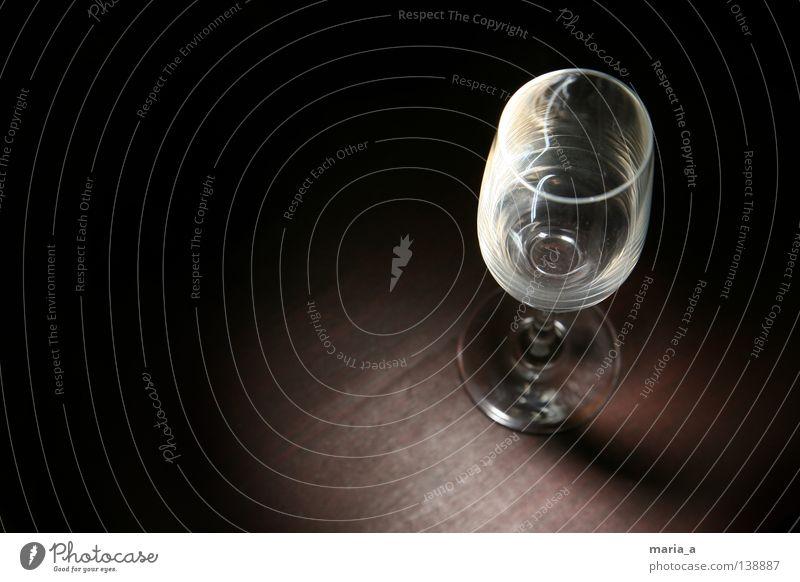 eleganz Holz Lampe Feste & Feiern Glas leer Tisch trinken Club Sekt