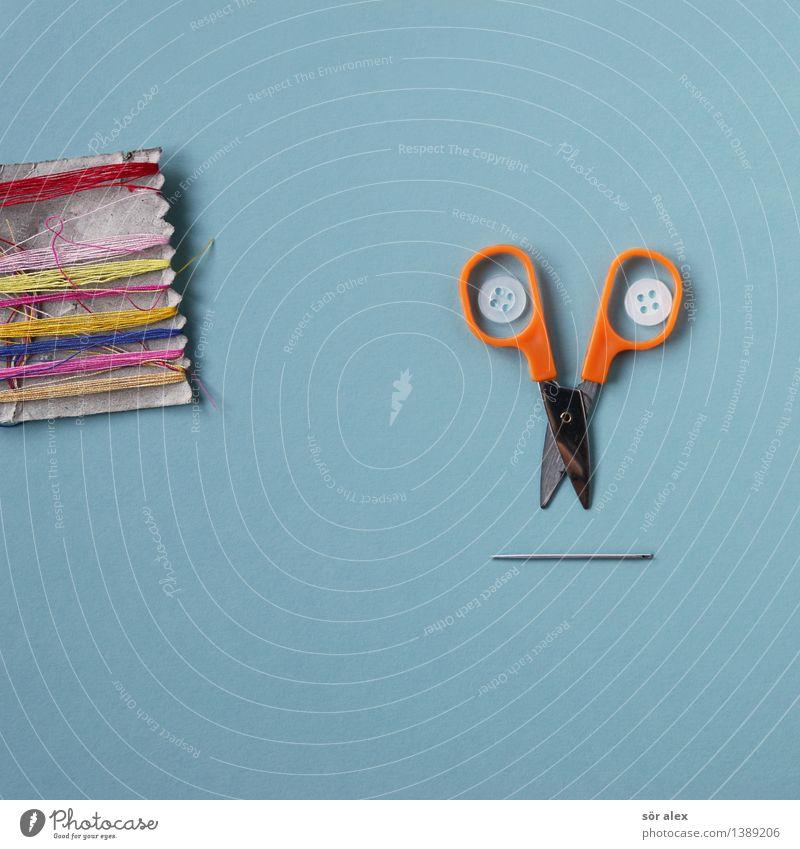 Guckst du…mit Faden Schneider Handwerk Nähgarn Knöpfe Nadel Schere blau mehrfarbig Super Stillleben Freizeit & Hobby Textilindustrie Nähen Farbfoto