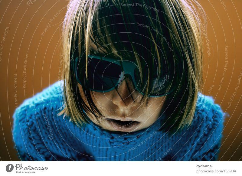 Juli Pulli II Mensch Frau Jugendliche schön Gesicht Leben Spielen Gefühle Wege & Pfade Kopf groß Mund Haut Nase Seil Suche