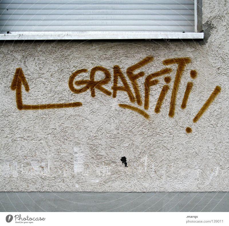 Offensichtlich Stadt Fenster Wand Graffiti Schriftzeichen Buchstaben einfach streichen schreiben Pfeil Typographie Wort gemalt Straßenkunst Schmiererei sprühen