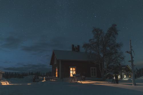 Kleines Haus im Wintermärchenland Ferien & Urlaub & Reisen schön Gefühle Schnee Denken Freiheit Tourismus ästhetisch einzigartig Stern Warmherzigkeit Abenteuer