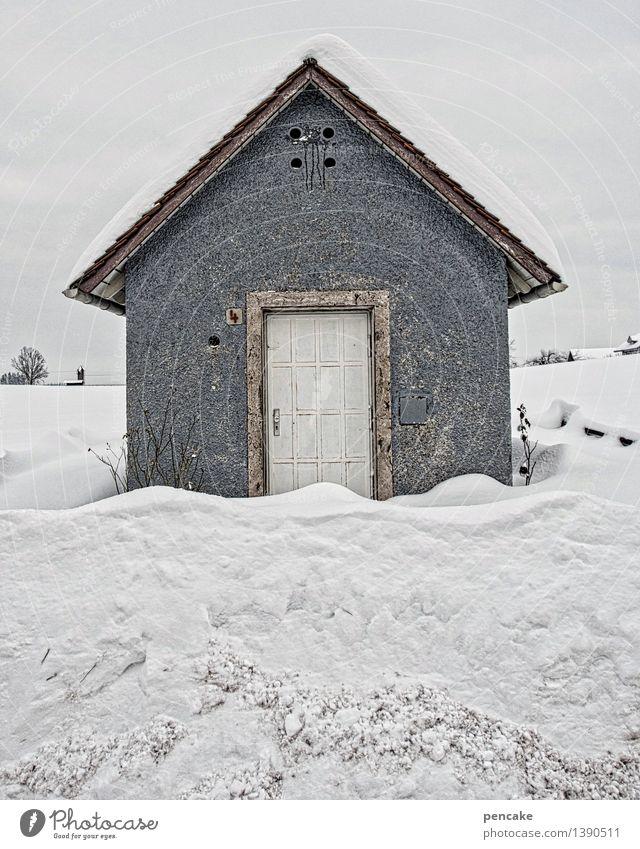 streng geheim | haus ohne fenster Natur Urelemente Himmel Winter Eis Frost Schnee Haus Hütte Gebäude Architektur Tür Zeichen geschlossen Einsamkeit kalt