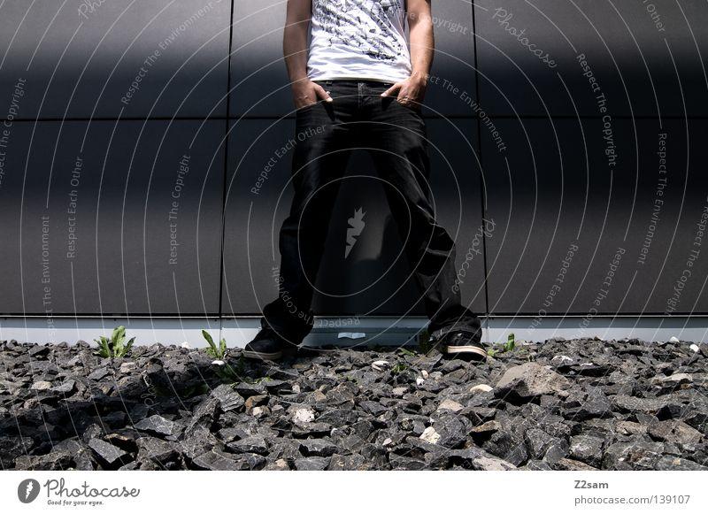 HALBZEIT Mensch Mann Hand weiß grau Stein Stil Metall Linie Schuhe maskulin stehen Coolness Jeanshose einfach Mitte