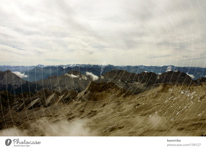 dreifaltigkeit #2 Himmel Natur Wolken Landschaft Tod dunkel Leben Berge u. Gebirge Horizont Regen Erde fliegen Alpen Unendlichkeit Gletscher rau