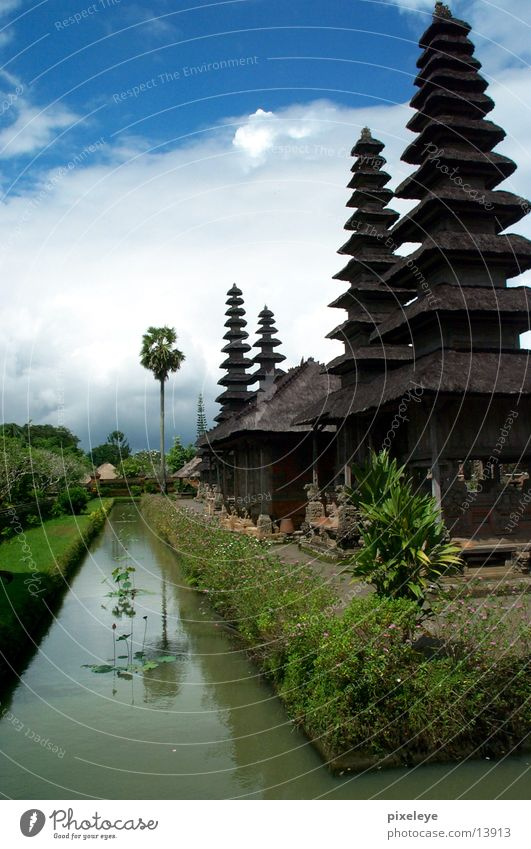 Tempel in Bali Himmel Wolken Indonesien Los Angeles