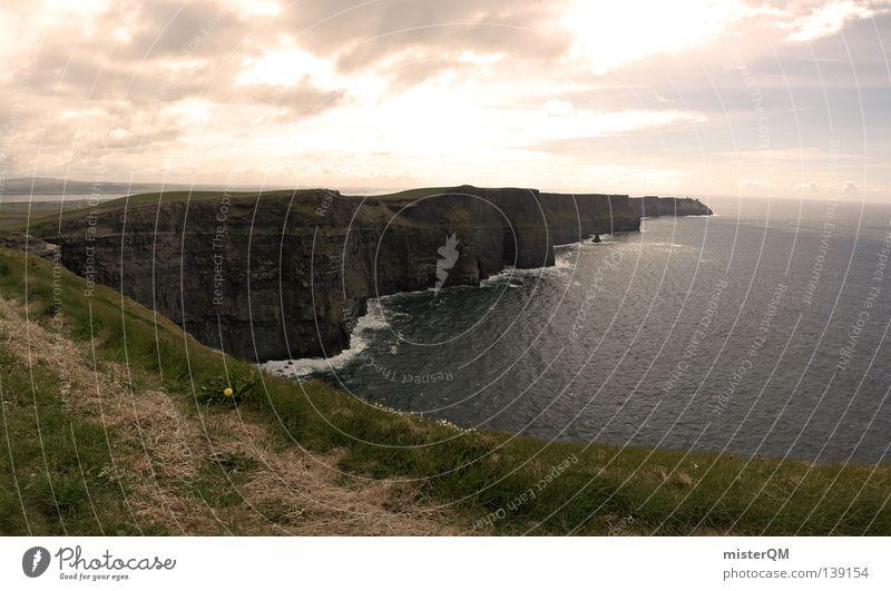 Cliffs of Moher in XXL Klippe Felsen Stein steinig Horizont bewachsen Am Rand Instant-Messaging Gelände Wolken rau Morgen Sonnenaufgang Wunder außergewöhnlich