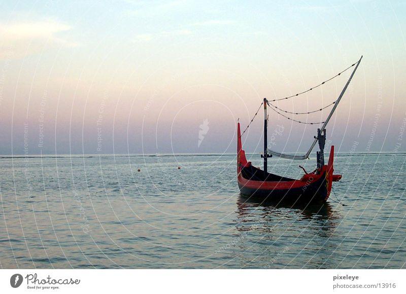 Fischerboot in Bali Meer Wasserfahrzeug Indonesien