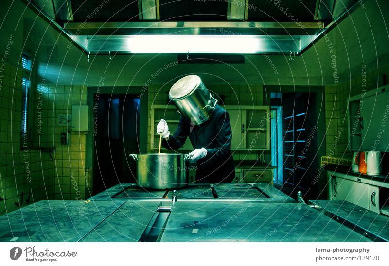 Kopftopf Koch kochen & garen Küche Topf Kochlöffel Herd & Backofen Regal Kochbuch Mann Handschuhe steril veraltet skurril verrückt Kulisse Raum fließen