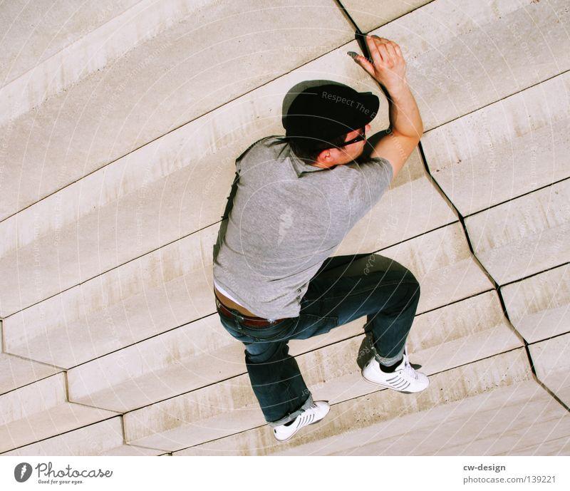 BLN 08 | DER SCHLÄFT NUR Mensch Mann Erholung ruhig Tod Zeit maskulin Raum modern mehrere stehen Zukunft Beton Vergänglichkeit schlafen Bett