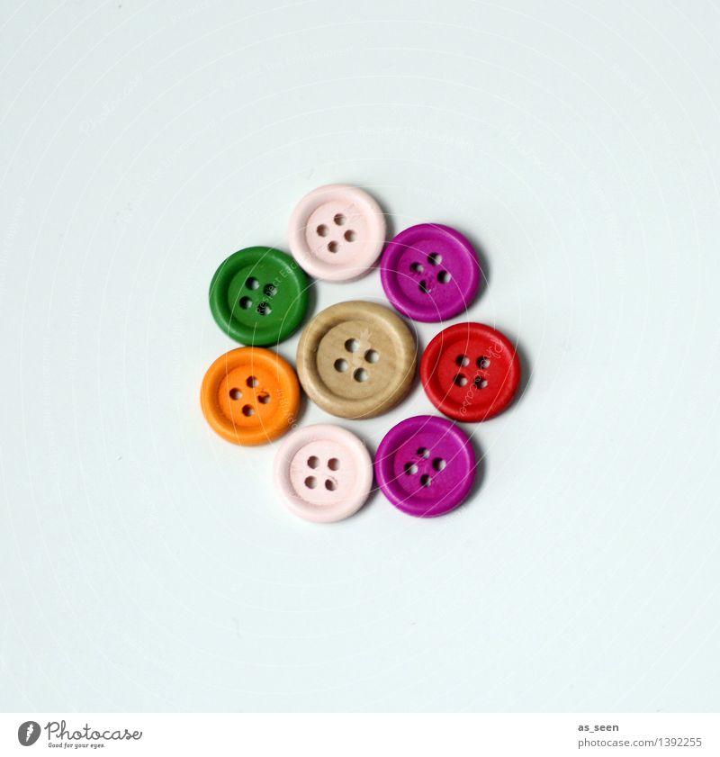Kleine Gruppe Freizeit & Hobby Basteln Handarbeit Häusliches Leben Mode Accessoire Dekoration & Verzierung Sammlung Knöpfe Kurzwaren Kunststoff liegen