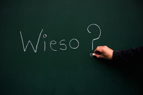 Wieso Lifestyle Kindererziehung Bildung Wissenschaften Erwachsenenbildung Schule lernen Tafel Schulkind Schüler Berufsausbildung Azubi Praktikum Business Mensch