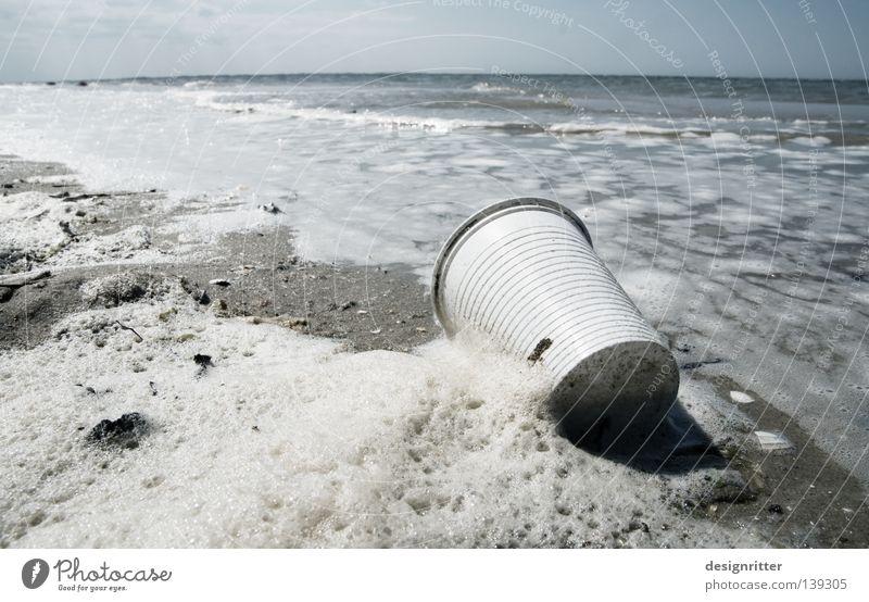 Strandschlecht See Meer Spiekeroog salzig Meerwasser Schaum Brandung Ferien & Urlaub & Reisen Tourist Müll Gesellschaft (Soziologie) Kunststoff Gelber Sack