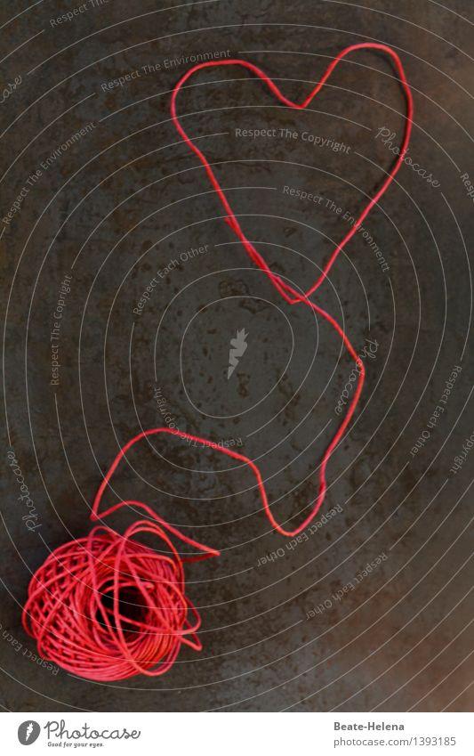wo die Liebe hinfällt ... rot Wärme Gefühle Stil außergewöhnlich braun Zusammensein ästhetisch Beginn Herz Lebensfreude Zeichen Abenteuer rund Vertrauen