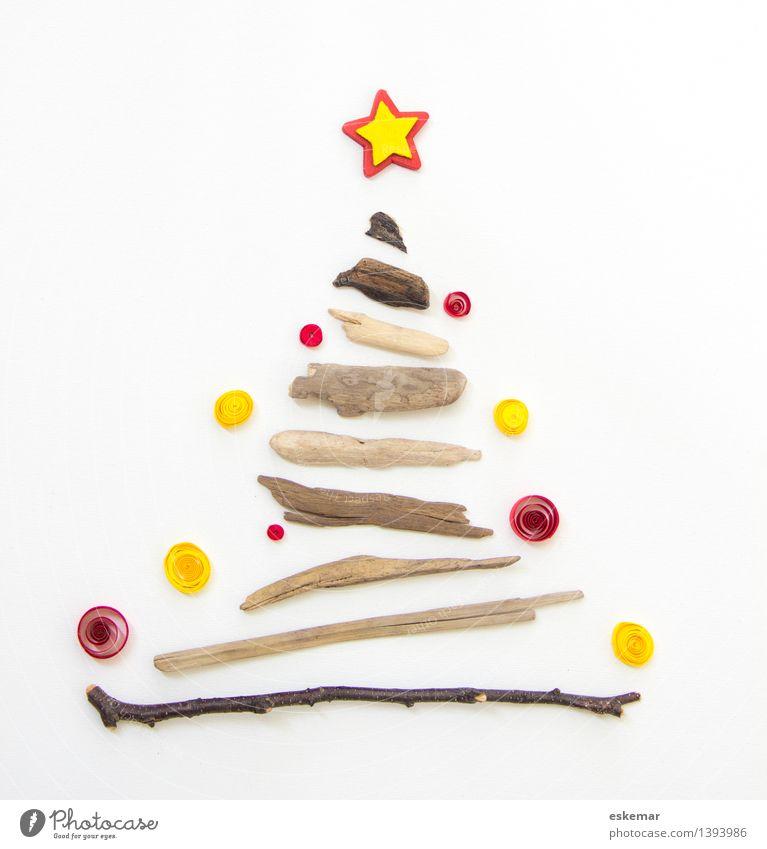 Weihnachten! Natur Weihnachten & Advent weiß Baum rot gelb Holz Feste & Feiern braun einfach Papier Weihnachtsbaum Kugel Vorfreude Treibholz