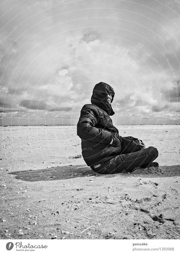 windig   mr.sandsturm Mensch maskulin 1 45-60 Jahre Erwachsene Urelemente Himmel Wolken Wind Sturm Dürre Meer Wüste Kraft Schutz Angst gefährlich Strand Sand