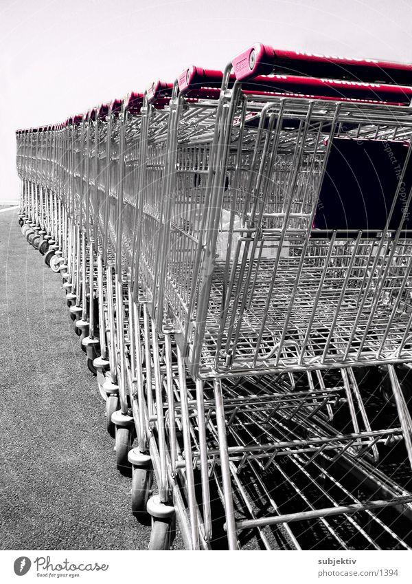 einkauf 2 Einkaufswagen Licht Ladengeschäft Dinge Konsum