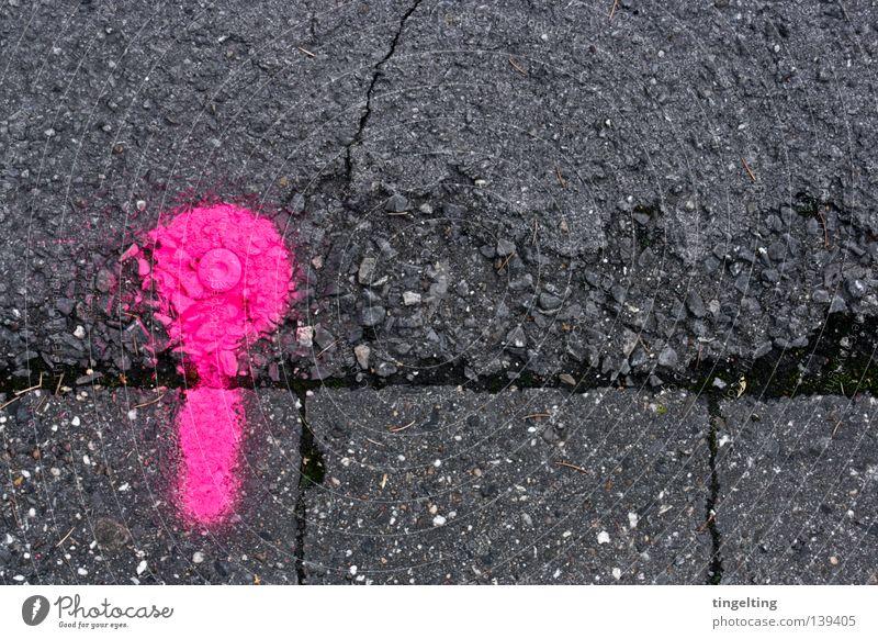 GRENZ.::.PUNKT grün Straße Farbe grau Stein Linie rosa Schilder & Markierungen Beton rund Bodenbelag Bürgersteig Fleck Riss Neonlicht spritzen