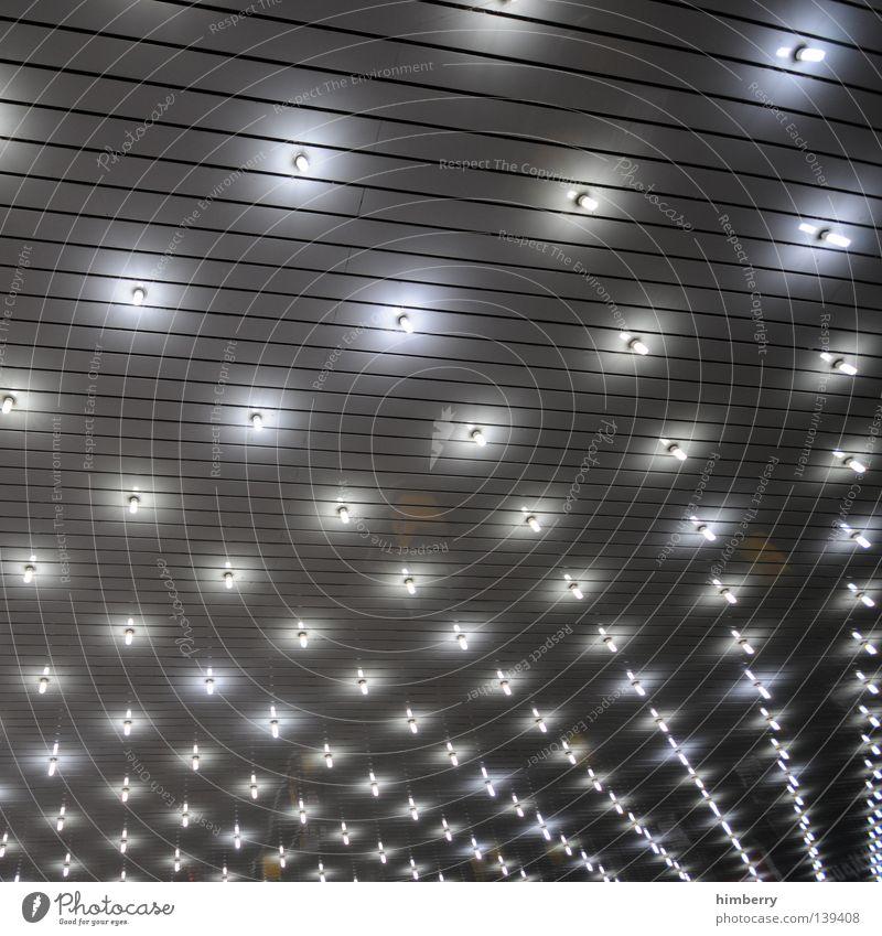 starlight express Lampe Stil Kraft Perspektive Stern (Symbol) modern Energiewirtschaft Elektrizität Technik & Technologie Industriefotografie Kabel Hotel