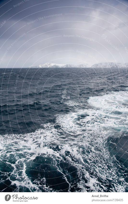 Nordpolarmeer Wasser Himmel Meer Winter Wolken kalt Schnee Berge u. Gebirge See Eis Wasserfahrzeug Wellen Küste Schifffahrt Norwegen Fähre