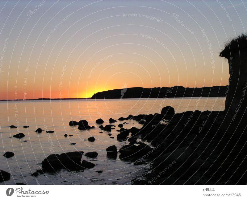 SUNDOWN Wasser Sonne Meer Stein Küste Horizont Aussicht Ostsee Rügen