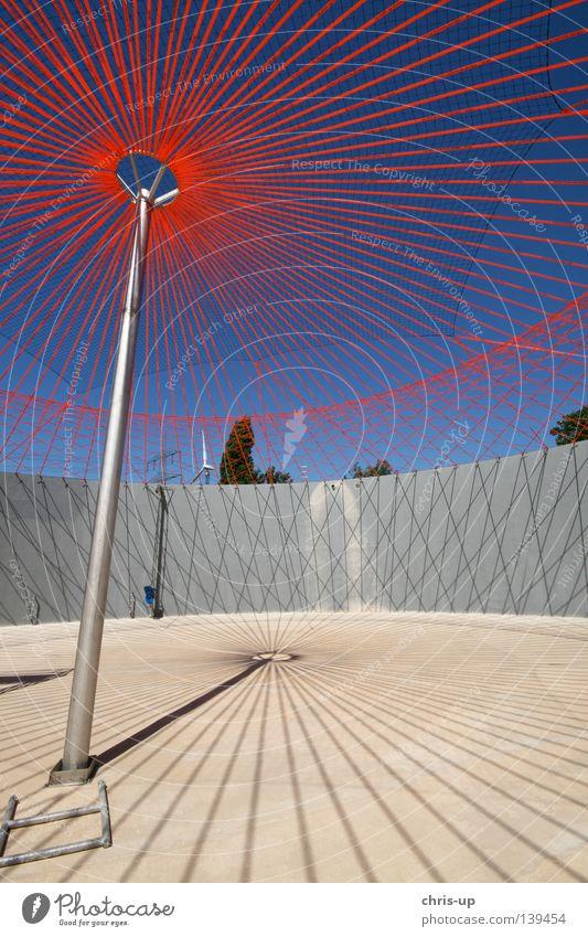 Biogasanlage Baustelle Fermenter Himmel grün blau Industrie Kreis Stern (Symbol) Energiewirtschaft Elektrizität neu rund Fabrik Dach Netz Sauberkeit
