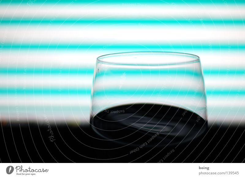 Fenster mit Zeitkrümmung dunkel Glas Kommunizieren Wein Bar Streifen Alkohol Neonlicht Theke Entertainment stoßen Weinglas Rotwein schwappen Selbstbedienung