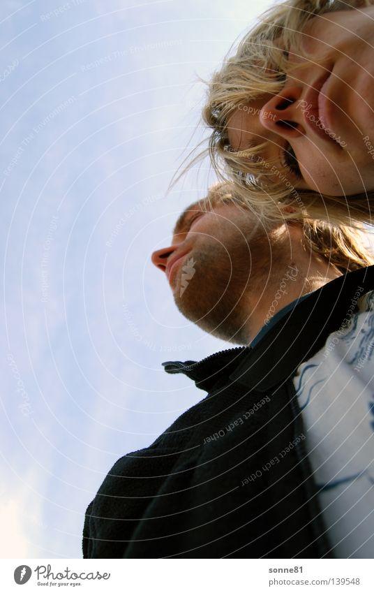 Blicke Mensch Frau Himmel Mann blau weiß schön Wolken schwarz Gesicht Graffiti Gefühle oben Deutschland blond Mund