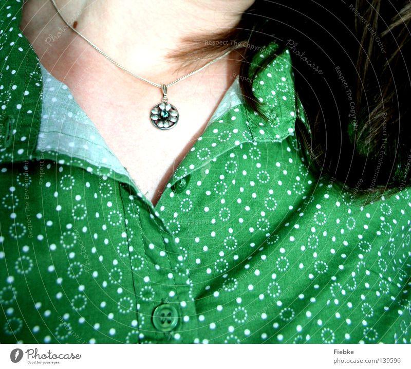 Grün, grün, grün sind alle meine Kleider ... Frau grün weiß Sommer Blume ruhig Haare & Frisuren Wärme Stein Mode hell braun geschlossen offen 3 Bekleidung