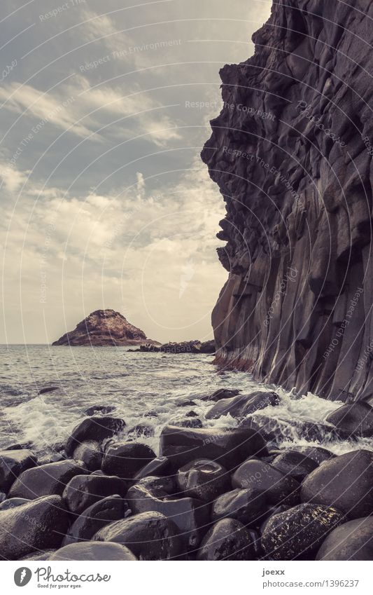 Los Roques Himmel Natur blau Sommer Wasser weiß Meer Wolken Küste Stein braun Felsen Horizont Wellen hoch groß
