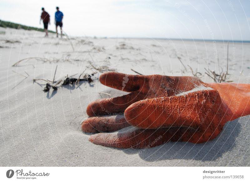 Schiffbruch Wasser Meer Strand Ferien & Urlaub & Reisen ruhig See orange Küste dreckig wandern Umwelt Insel Müll Sturm Kunststoff Gesellschaft (Soziologie)