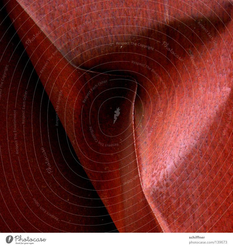 Mund zu! rot Regen Kunst Hintergrundbild Wassertropfen Ecke diagonal Rost Skulptur Eisen Maul Faltenwurf Beule