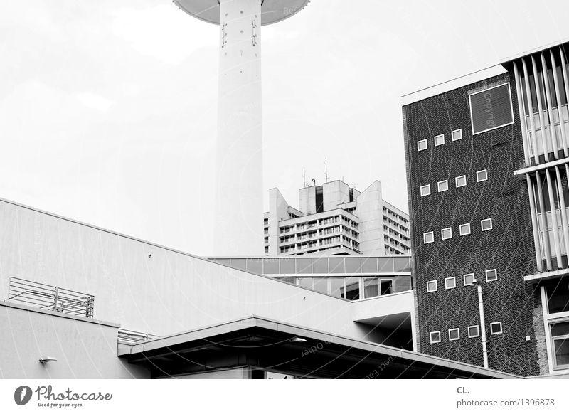 hannover Hannover Stadt Stadtzentrum Hochhaus Turm Gebäude Architektur Mauer Wand Fassade Fenster Sehenswürdigkeit eckig komplex Schwarzweißfoto Außenaufnahme