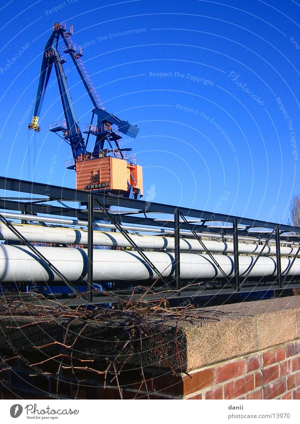 Kran Spree Industrie Blauer Himmel Graffiti Bewag Brücke