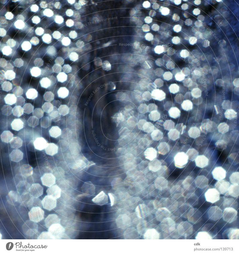 Sommertraumzeit Natur blau schön Farbe Wasser ruhig dunkel kalt Leben Gefühle Beleuchtung Bewegung Hintergrundbild Glück klein Zeit