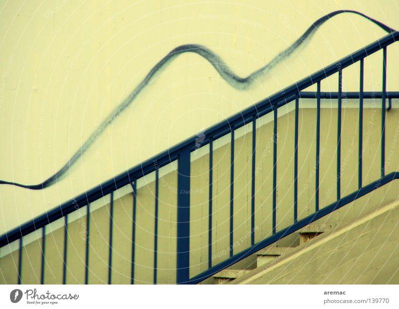 Auflockerung Beton Detailaufnahme Graffiti Wandmalereien Treppe Geländer blau Linie Metall aufwärts Wellenlinie