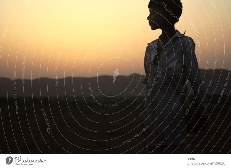 Die Sonne von Rajasthan Kind Junge Wüste Indien