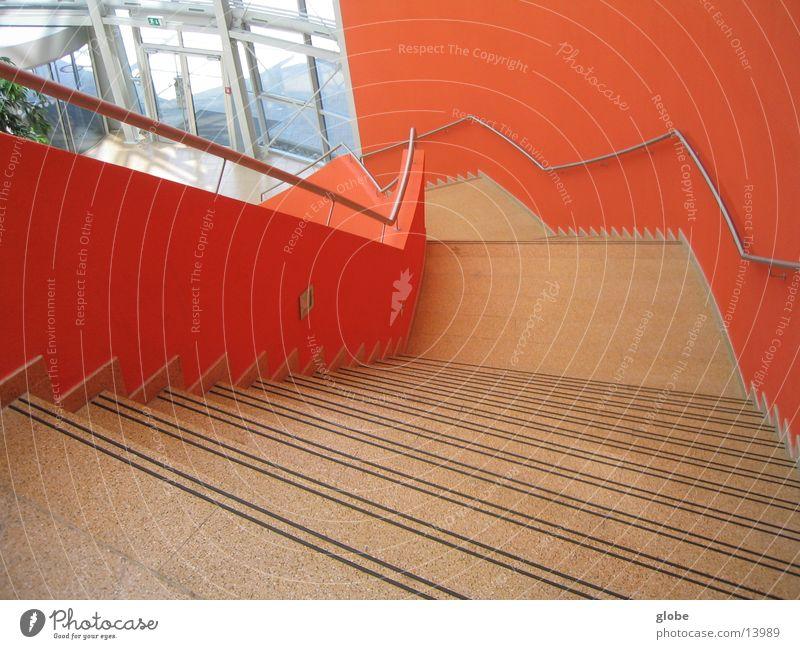 orange abwärts rot Architektur Treppe unten Geländer