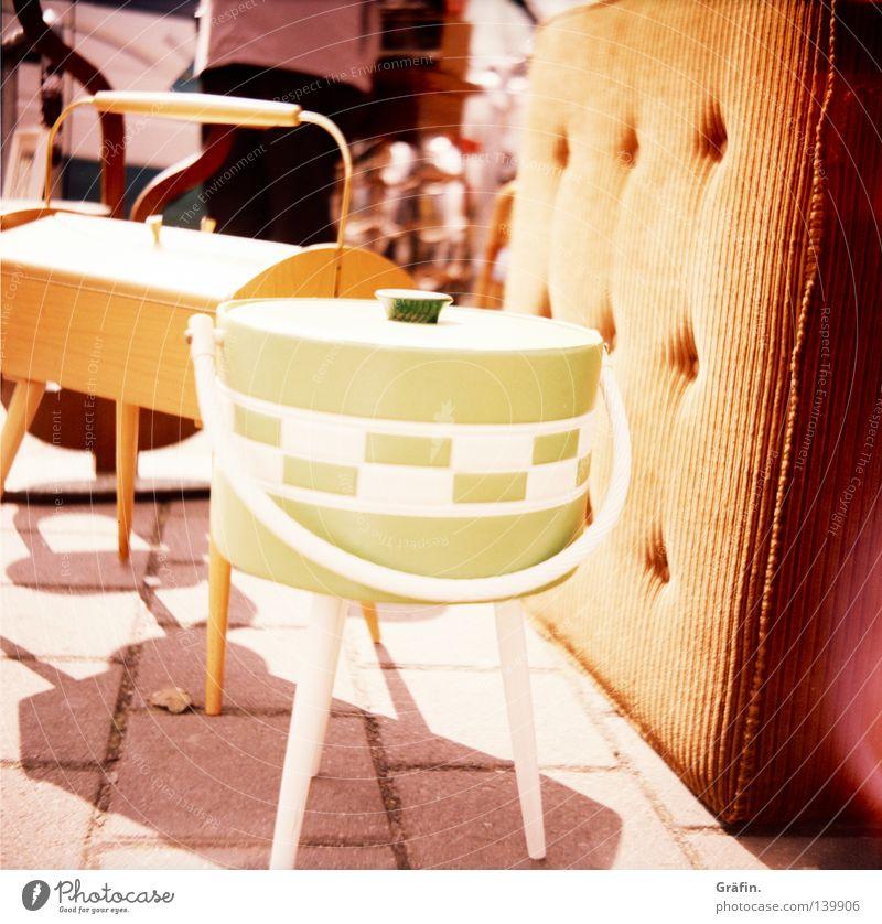 was soll'n der kosten? alt grün braun Freizeit & Hobby retro Kitsch Lomografie Siebziger Jahre hässlich Marokko Händler Flohmarkt Schlafmatratze Krimskrams